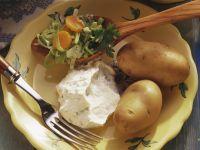 Gekochte Kartoffeln mit Quark und Karotten-Porree-Gemüse Rezept