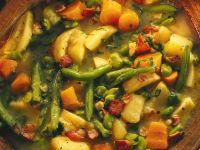 Gemüseeintopf mit Speck und Apfel Rezept
