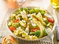 Gemüsenudeln mit Parmesanspänen Rezept