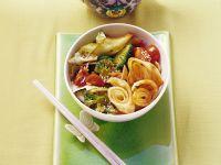 Gemüsepfanne mit Pfannkuchen Rezept