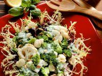 Gemüsesalat mit Frisée Rezept