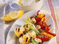 Gemüsespieße mit Joghurtdip
