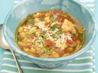 Gemüsesuppe mit Kichererbsen Rezept