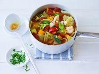Gemüsesuppe mit Kohl, Paprika und Lauch Rezept