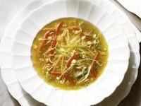 Gemüsesuppe mit Mungosprossen Rezept