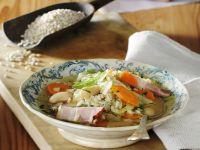 Gersteneintopf mit Gemüse und Bauchspeck Rezept