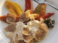 Geschmorte Paprika mit Thunfischsoße und weißen Trüffeln Rezept
