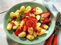 Gnocchi mit Erdbeeren Rezept