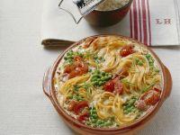 Gratin mit Speck, Sahne, Eiern und Erbsen (Carbonara) Rezept