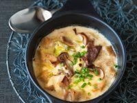Gratinierte Brotsuppe mit Lauch und Pilzen Rezept
