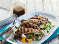 Griechischer Salat mit Hähnchen Rezept