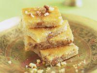 Grieß-Joghurt-Kuchen auf türkische Art