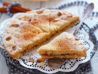 Grießkuchen mit Marmelade und Mandeln Rezept