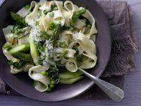 Grüne Gemüse-Pasta Rezept