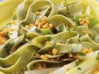 Grüne Pasta mit Linsen