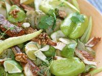 Grüner Salat mit Räucherfisch Rezept