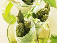 Grüner Spargel im Reispapier Rezept