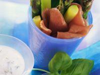 Grüner Spargel mit Schinken Rezept