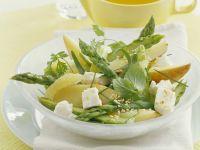 Grüner Spargelsalat mit Birnen und Schafskäse Rezept