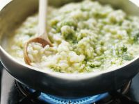 Grünes Risotto mit Pesto aus Feldsalat und Spinat Rezept