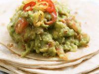 Guacamole mit Tortillafladen Rezept