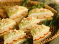 Gurken-Surimi-Sandwiches