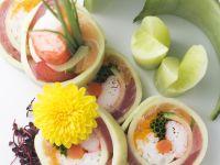 Gurkenrollen mit Lachs, Thunfisch und Shrimpfleisch Rezept