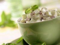Gurkensalat auf orientalische Art Rezept