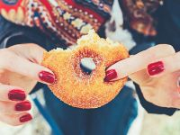 Gute Vorsätze: Donut mit viel Zucker vermeiden