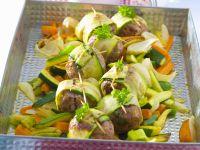 Hackfleischklößchen mit Zucchini und Karotten Rezept