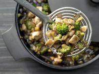 Hähnchen und Brokkoli aus dem Wok Rezept
