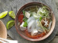 Hähnchen-Glasnudelsuppe Rezept