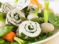 Hähnchen-Kräuterrolle mit Gemüse Rezept