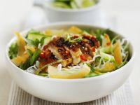Hähnchen mit Limone und Minze dazu Reisnudeln Rezept
