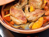 Hähnchen-Tajine mit Möhren, Orangen und Sesam