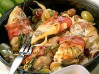 Hähnchenbrust im Speckmantel mit Trauben Rezept