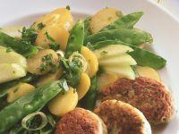 Hähnchenfrikadellen mit Kartoffelsalat Rezept
