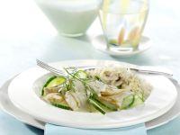 Hähnchengeschnetzeltes mit Gurke und Champignons Rezept