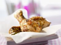 Hähnchenkeulen mit würziger Marinade Rezept