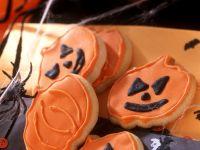 Halloween-Cookies in Kürbisform Rezept