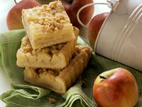 Hefe-Apfelkuchen mit Zimtstreuseln Rezept