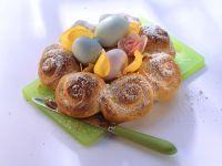 Hefekranz mit Ostereiern Rezept