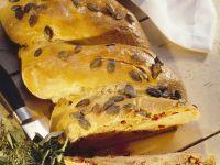 Hefezopf mit Thunfischfüllung Rezept