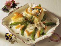 Herz-Pastete mit Seelachs, Karotten und Kaiserschoten Rezept