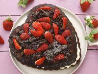 Herz-Schokokuchen mit Erdbeeren Rezept