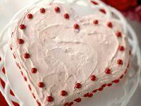 Herztorte mit Erdbeeren Rezept