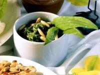 Hirsefrikadellen mit Bärlauchsauce Rezept