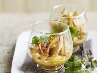Hühnchen mit Sojasprossen, Kokosmilch und großem asiatischem Rettich (Daikon) Rezept