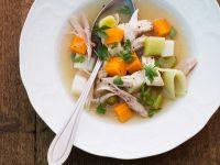Hühnersupppe mit Gemüse Rezept
