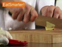 Wie Sie frischen Ingwer gekonnt fein hacken
